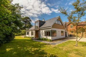 Victoria House - Six Bedroom, Four Bathroom Bembridge